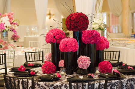 Considerations To Take Into Account When Selecting The Best Florist Flowers Themselves And Wedding Decor For Your Ceremony Reception Venues